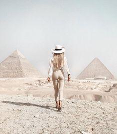 Pyramids Egypt, Cairo Egypt, Places To Travel, Places To Go, Travel Destinations, Visit Egypt, Egypt Travel, Travel Wardrobe, Beautiful Places To Visit