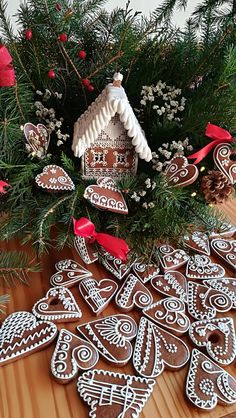 Medovníky Gingerbread Houses, Biscuits, Cookies, Holiday Decor, Christmas, Art, Yule, Xmas, Kunst