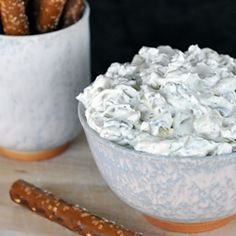 Dill Pickle Dip... would be AMAZING on a burger!