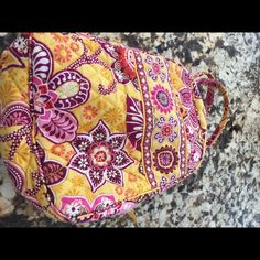 Vera Bradley lunch bunch lunchbox Vera Bradley lunch bunch lunchbox in retired pattern bali gold.  Used few stains inside and Mark under the handle I have included pics. Vera Bradley Accessories