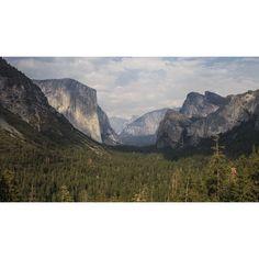 """El Capitan&Three Brothers  #Reportage naturalistico lungo il """"West"""". #Terra di frontiera, territorio unico per catturare scenografie naturali da lasciare senza fiato. Non vi è alcun altro paesaggio del pianeta capace di competere in #bellezza, in immensità degli spazi e profondità del #cielo.  U.S.A., #California, #Yosemite National Park. 30/07/2014 #nature #photo #park #america"""