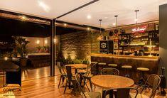 Ambientes integrados: Cozinhas industriais por Cornetta Arquitetura