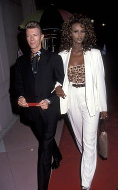David Bowie Makeup, Iman And David Bowie, Iman Bowie, Peter Beard, Cher Horowitz, Lenny Kravitz, Jackie Kennedy, Naomi Campbell, Glam Rock
