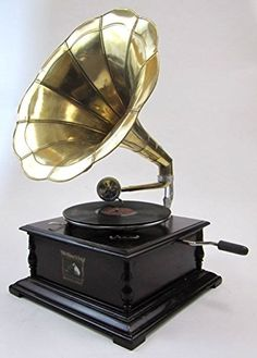 Antique Reproduction RCA Victor Phonograph Gramophone Gold Brass Horn ecWorld http://www.amazon.com/dp/B002EW3A3Q/ref=cm_sw_r_pi_dp_Q5Ybvb1429HG2