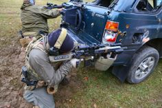 Talon Defense Dark Gunfighter - Pistol/Rifle Vehicle Defense and Counter Defense https://www.facebook.com/TalonDefense.org