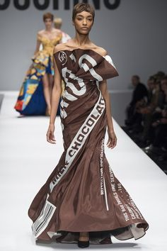Moschino - AUTUMN/WINTER 2014-15 READY-TO-WEAR