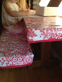 Fitted oilcloth table cloth and bench covers