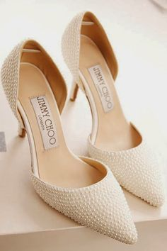 Beautiful wedding shoes. Looking simple but gorgeous and amazing.