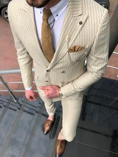 Suit material : Viscon , Polyester , Elestan Machine Washable : No Fitting : Regular Slim Fit Cutting : Double Slit, Double Button Remarks : Dry Cleaner Mens Fashion Suits, Mens Suits, Mens Slim Fit Suits, Stylish Prom Suits, Beige Outfit, Blazer Outfits Men, Look Zara, Suit Combinations, Designer Suits For Men