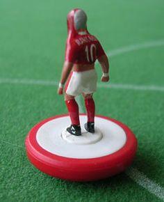 Subbuteo celebrates Fabrizio Ravanelli style! Soccer Art, Football Art, Football Players, Middlesbrough Fc, Premier League Soccer, Everton Fc, Great Team, Boro, Childhood Memories