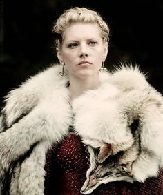 Lagertha skjoldmø (played by Katherinyn Winnick) Danish shieldmaiden and legendary wife of Ragnar the Red
