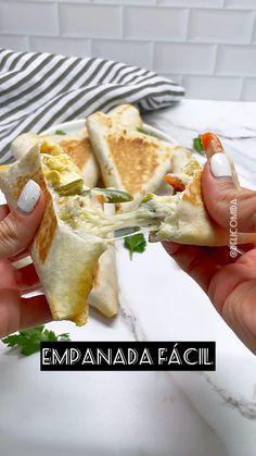 Empanadas, Kitchen Recipes, Cooking Recipes, Easy Healthy Recipes, Easy Meals, Comida Diy, Ricotta, Deli Food, Tasty
