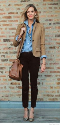 Casual wear for women that work well for day outings or night parties are not suitable as sophisticated professional casual ensembles at work.