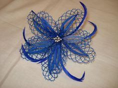 Bobbin Lace Patterns, Needle Lace, Lace Making, Hobbies And Crafts, Rapunzel, Hair Pins, Dream Catcher, Projects To Try, Weaving