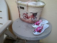 capazo y zapatilla bici y moto