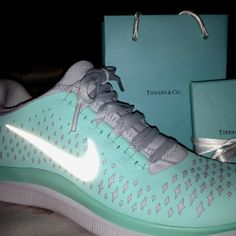 Last week, I bought fashionable Tiffany Blue Nike Shoes at  http://www.usnikeshoestore.com/tiffany-blue-nike-free-run-2012-running-shoes-silver-womens-shoes-online-sale-p-4.html