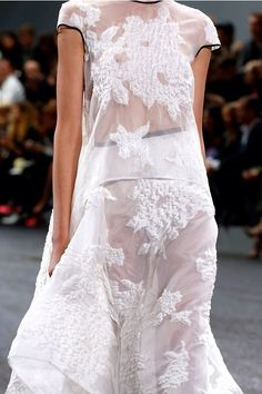 I could never wear this, but...amazing!! Erdem