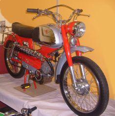 Moto sanglas 400cc 1971 joli reservoir flanc chrom et for Garage peugeot larche