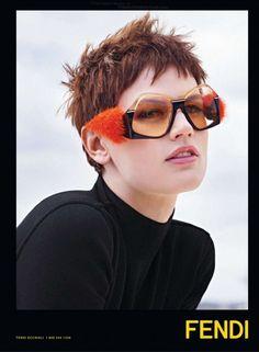cool Fendi Outono.Inverno 2013.13 | Saskia de Brauw e Cara Delevigne por Karl Lagerfeld  [Update]