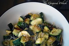 The Gingered Whisk: Garlic Roasted Zucchini. Another recipe for our home grown zucchini! Roasted Zucchini Recipes, Roast Zucchini, Vegetable Recipes, Roasted Zuchinni, Zucchini Parmesan, Roasted Garlic, Vegetarian Recipes, Cooking Recipes, Healthy Recipes