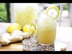 When life gives you lemons make ginger lemonade. This easy and refreshing recipe will change the rest of your… Refreshing Drinks, Summer Drinks, Fun Drinks, Healthy Drinks, Beverages, Juice Smoothie, Smoothie Drinks, Smoothie Recipes, Ginger Lemonade