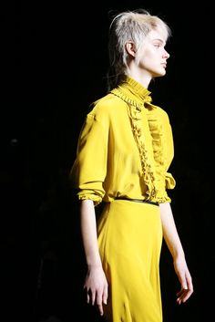 Haider Ackermann, Automne/Hiver 2018, Paris, Womenswear Bell Sleeves, Bell Sleeve Top, Haider Ackermann, Colorful Fashion, Women Wear, Paris, Tops, Style, Fall Winter