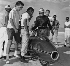 Burt Munro -I'm telling you, it is safe & ready to run! Antique Motorcycles, Cars And Motorcycles, Indian Motorcycles, Classic Motors, Classic Bikes, Burt Munro, Cb 750 Cafe Racer, Replica Cars, Retro Motorcycle