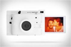 LOMO INSTANT CAMERA - http://www.gadgets-magazine.com/lomo-instant-camera/