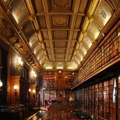 Chateau de Chantilly Conde Library