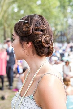 This updo would be perfect for a retro bride!