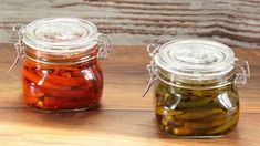 Peperoncini piccanti sottolio Salsa Verde, Pickles, Cucumber, Mason Jars, Canning, Vegetables, Recipes, Food, Genere