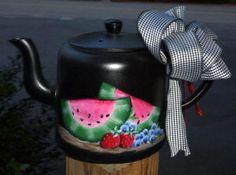 Puddles of Paint  I have a soft spot for tea pots!