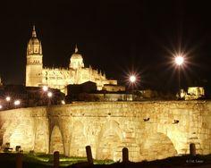 ♥ Catedral Nueva, Catedral Vieja y Puente Romano de  Salamanca (Spain)