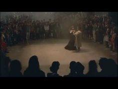"""Il ballo - tratto da """"La Voce della Luna"""" di Federico Fellini - YouTube"""