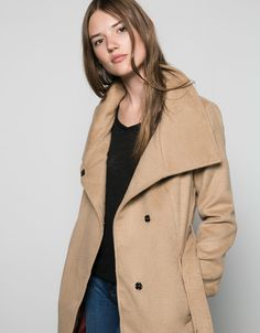 Abrigo lana Bershka cuello chimenea con cinturón - Abrigos & Cazadoras - Bershka Ecuador