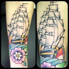 Tattoo ship tatuaggio barca Traditional