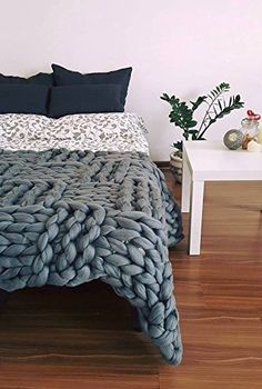 Chunky knit blanket Merino throw Chunky Blanket Giant knit blanket Merino wool Rectangular pattern Interior decor Home decor Boho blanket Thick Yarn Blanket, Chunky Knit Throw Blanket, Giant Knit Blanket, Make Blanket, Knitted Blankets, Merino Wool Blanket, Cozy Blankets, Giant Knitting, Arm Knitting