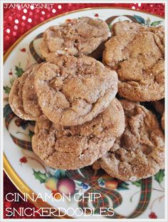 Cinnamon Chip Snickerdoodle Cookies Cinnamon Chips, Cinnamon Recipes, Cookie Brownie Bars, Cookie Tray, Butter Pound Cake, Filled Cookies, Shortbread Recipes, Snicker Doodle Cookies, Christmas Desserts