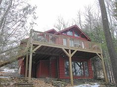 SOLD! on Lake Wallenpaupack! Lakeland Colony Waterfront Chalet. 80ft.frontage on Lake Wallenpaupack w/gentile walk to your private boat dock. Designed from Yester-year T Cathedral Beamed & Multiple Glass windows blends character w/comfort for today's 4 Season mountain lake fun living. Capture Eastern Sunrises Virtual tour: http://www.realestateshows.com/670288