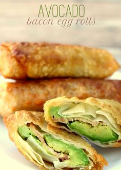 Avocado Bacon Egg Rolls [RECIPE] Ingredients  4 small avacados  lime juice  salt  6-7 slices pepperjack cheese  8-10 slices bacon, cooked  8-10 egg roll wrappers  water
