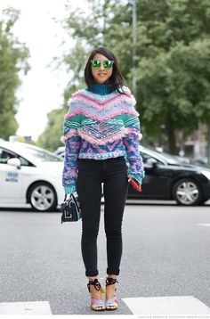 Yuyu of Caroline's Mode in a crazy sweater. Love this.