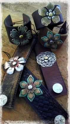 ☯☮ॐ American Hippie Bohemian Style ~ Boho Leather Cuffs! Leather Art, Leather Cuffs, Leather Jewelry, Leather And Lace, Leather Cuff Bracelets, Metal Jewelry, Ideas Joyería, Leather Flowers, Metal Flowers