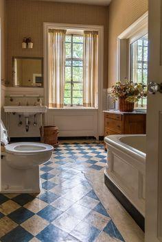 Dream Apartment, Aesthetic Rooms, Dream Rooms, Bathroom Interior, Bathroom Tray, Bathroom Trends, Interior Livingroom, Apartment Interior, Bathroom Designs