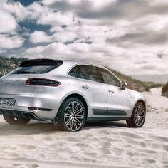 Porsche Macan Turbo Fahrbericht - Einfach mal die Fresse halten....  #porsche #macan #turbo #audi #q5 #cayenne #v6 #allrad #suv #test #technischedaten #power #carporn #marioroman #macanphotos #sanktpeterording