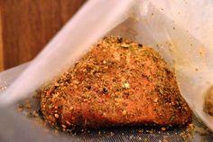 Geräucherter Lachsschinken - Eine Komplettanleitung Meatloaf, Ham, Banana Bread, Grains, Rice, Desserts, Food, Sausage Recipes, Polish Sausage Recipes