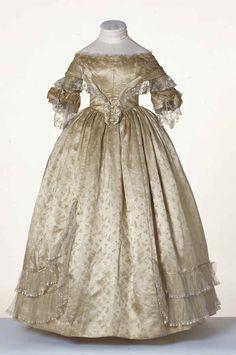 1840s Ballgown