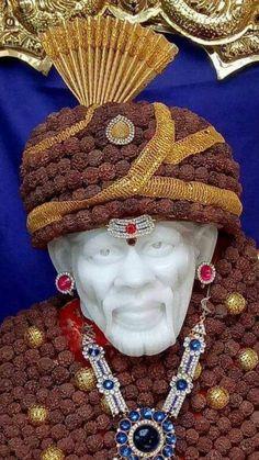 Sai Baba Hd Wallpaper, Sai Baba Wallpapers, Sai Baba Pictures, God Pictures, Hiit Workout Videos, Ganesh Lord, Good Morning Beautiful Images, Sai Baba Quotes, Swami Samarth