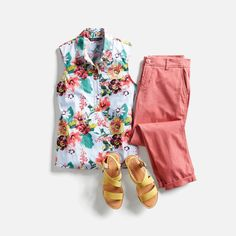 Looking for a new way to shop for women's clothes? Try a Stitch Fix personal stylist and get a box of handpicked clothing sent right to your door. Stitch Fix Blog, Stitch Fit, Stitch Fix Stylist, Look Fashion, Womens Fashion, Fashion Tips, Fashion Ideas, Petite Fashion, Spring Fashion