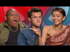 Spider-Bae aka Tom Holland and his fellow 'Spider-Man: Far From Home' cast-mates Zendaya and Jacob Batalon ~swung~ into London and we gave them a good grilli. Marvel Trailers, New Trailers, Tom Holland Zendaya, Walking Meme, Louise Smith, Kawaii Faces, Reaction Face, Next Film, Nick Fury