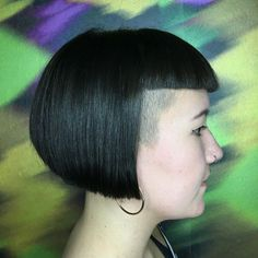 "goshorter: "" Cutting skillz! #creativecutting #minifringe #microfringe… Messy Bob Hairstyles, Undercut Hairstyles, Really Short Hair, Short Hair Cuts, Short Bangs, Buzzed Hair, Hair Dye Colors, Shaved Hair, Blue Hair"